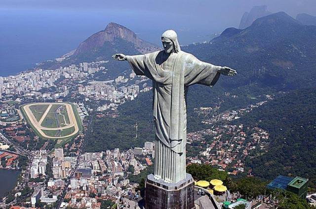 Christ-the-Redeemer-1